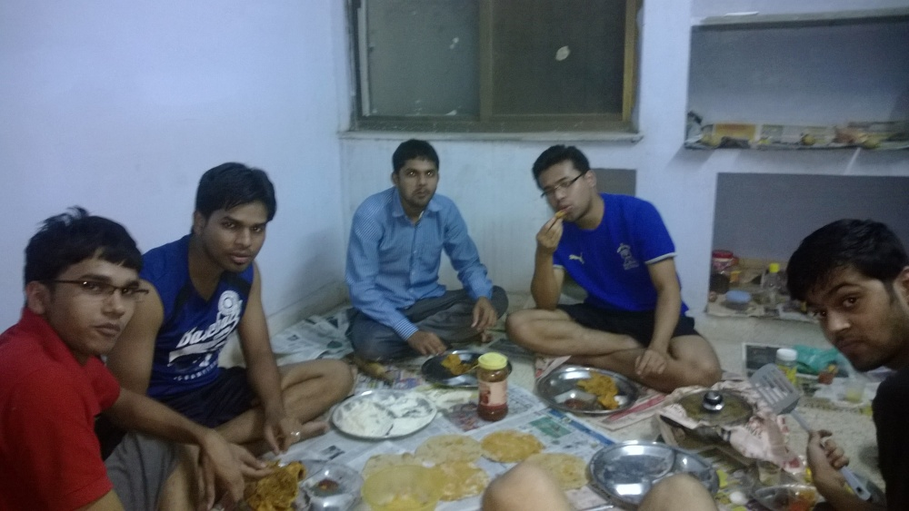 Homemade food in IIITM Gwalior Hostel – How We Used to Cook our own Food in Hostel (2/3)